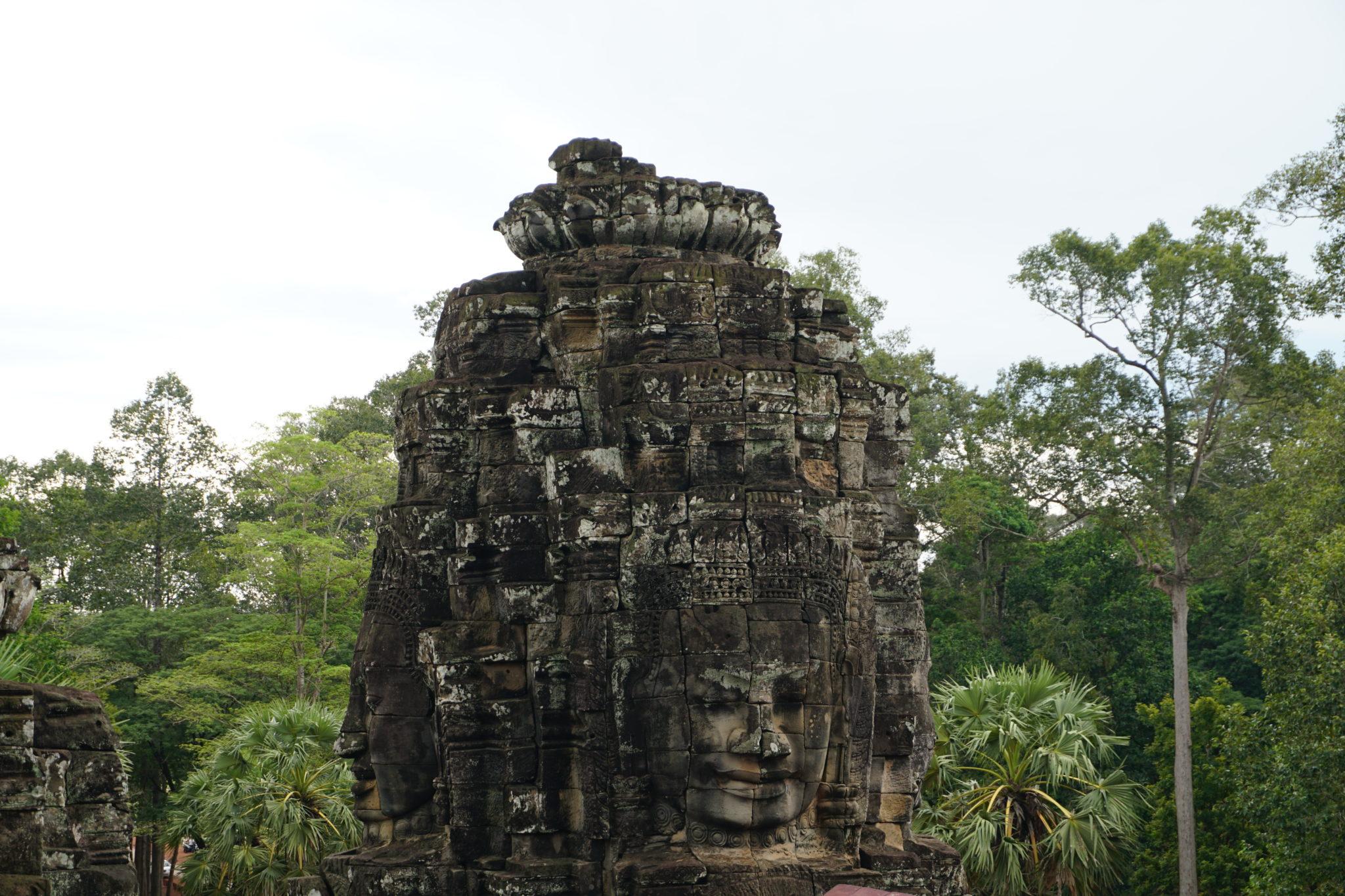 Stein-Gesichter in den Tempelanlagen von Angkor