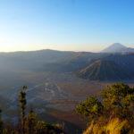 Vulkan Bromo bei Sonnenaufgang
