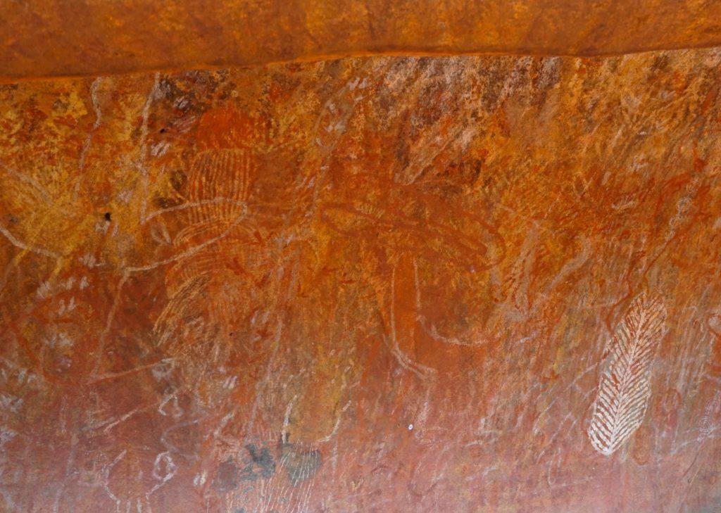 Malereien der Aborigines am Uluru