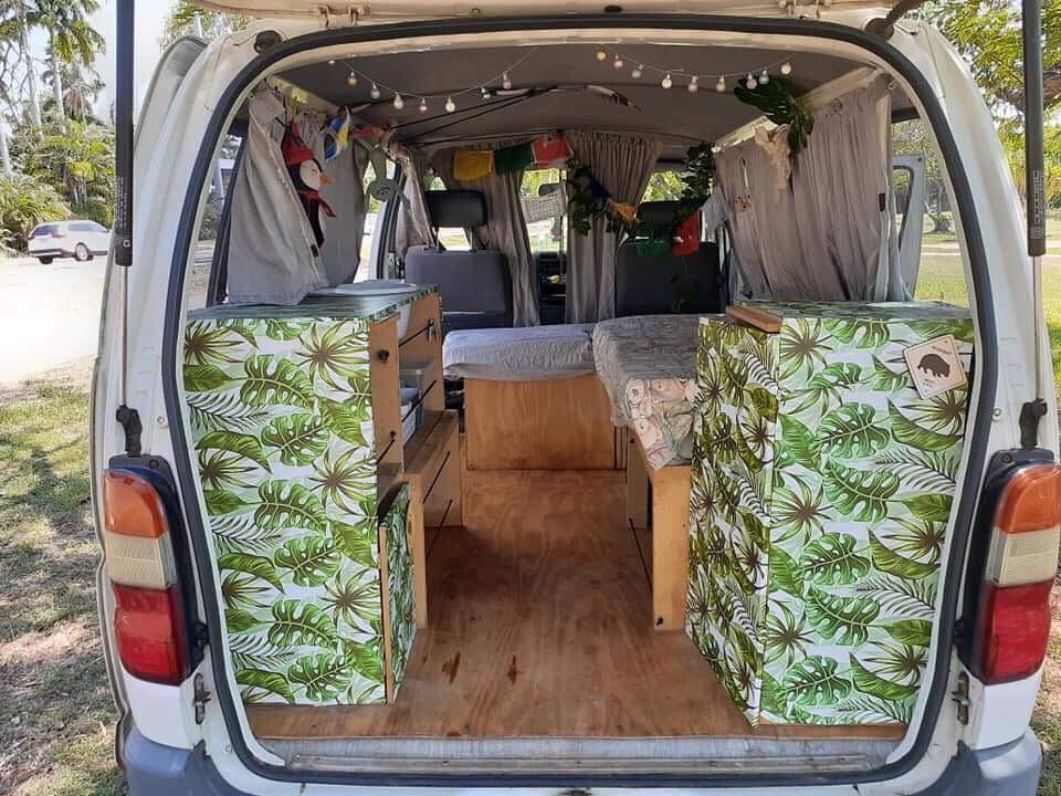 Einblick in das Innenleben unseres Campervans