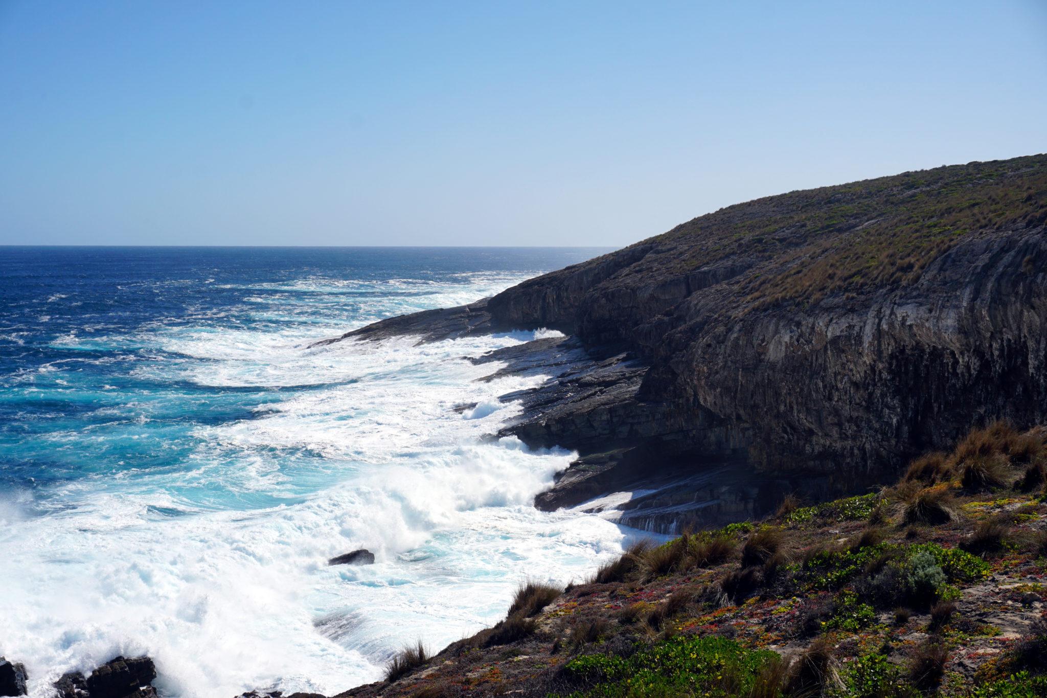 Meer, Klippen und Strand im Westen von Kangaroo-Island